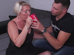 Mature mother seduce youthful bull