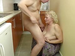 BBW blond grandma penetrates in the kitchen