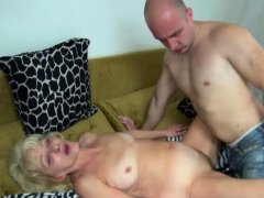 Hardcore Hookup With Sexy Grandma