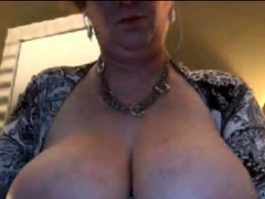 Married Older Woman With Excellent Tits.