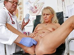 Old fuckbox exam of warm GILF Koko by freaky doctor