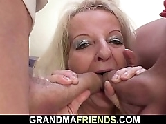 Old kirmess granny double penetration