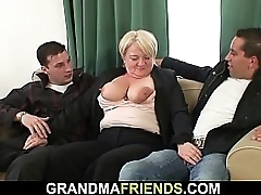 Obese boobs granny picked in alignment double penetration