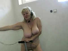 OldNannY Tyro comme �a Granny Lesbian