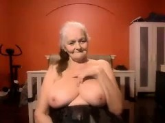 Grandma Gets Outcast on Cam - Impressive Cams handy 8CAMS,COM