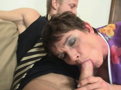Sex date with queasy pussy age-old granny