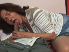 Taboo coition with elderly hairy-pussy mother-in-law