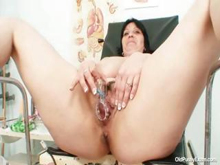 Heavy pair plump milf Zora Victorian pussy inspection