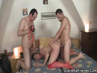 Hard threesome thither vicious granny