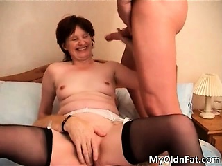 Brunette MILF slut with sexy setting up part3