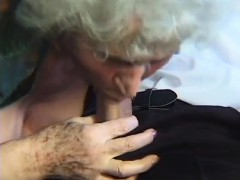 Fruity mummy doing suck hookup Essie from dates25com