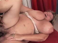 Fat mature superslut rides on a BBC