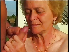 SAGGY Udders SMALL Udders OUTDOOR Grandma Intercourse