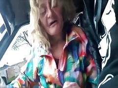Old Grannie gets picked up to suck some dick