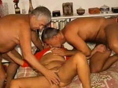 OmaPasS Inexperienced Grandma Three way Sex Footage