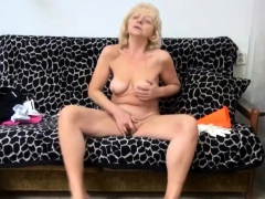 Granny Rubs Her Clit With a Hookup Fucktoy