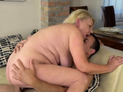 Kinky Mature Woman Gets Screwed Hard