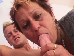 Well-shaped stud bangs her shaved elderly pussy